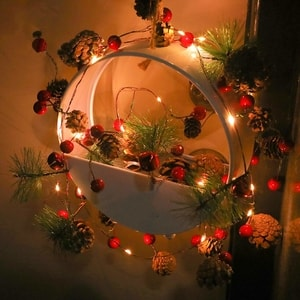 Christmas decoration lights pine cones you love! adds a special charm!